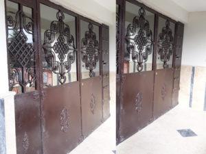 Bayram Bey - Apartman Giriş Kapısı